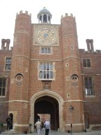 hampton court UK