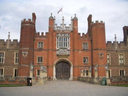 hampton court UK