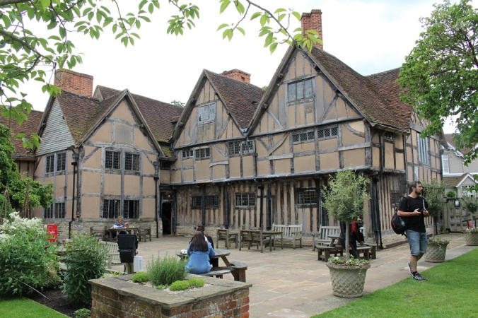Hall's croft Stratford