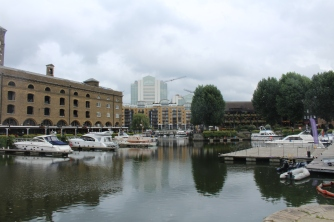 St Katharine's docks yatchs Londres UK