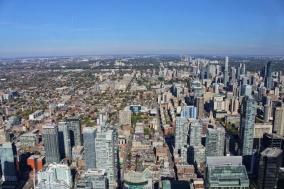 Toronto cn tower top