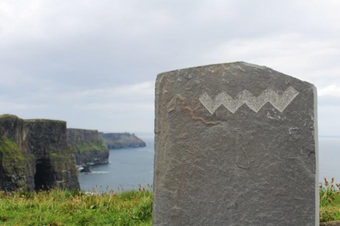 pierre falaises de Moher Irlande