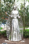 cs lewis square belfast white queen irlande du nord
