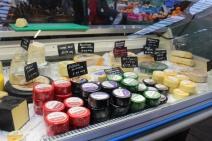 st george's market cheese belfast irlande du nord