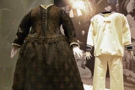 robe Victoria + fils Kensington palace