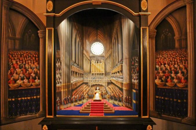 triptyque couronnement Victoria Kensington palace