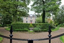 maison Aberdeen university