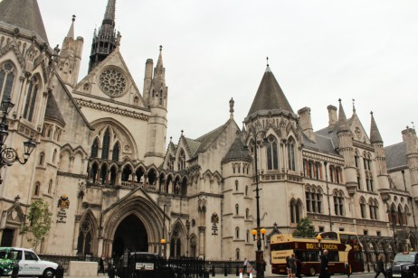 royal courts of justice Londres